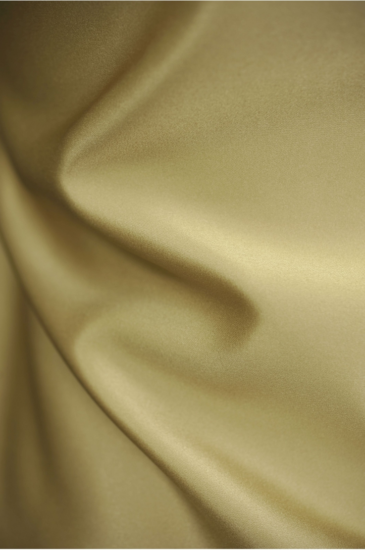 LIGHTWEIGHT SATIN